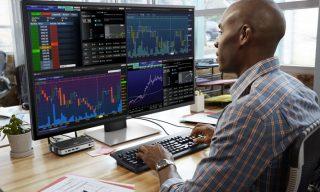 Dell  P4317Q: 4 monitors in one