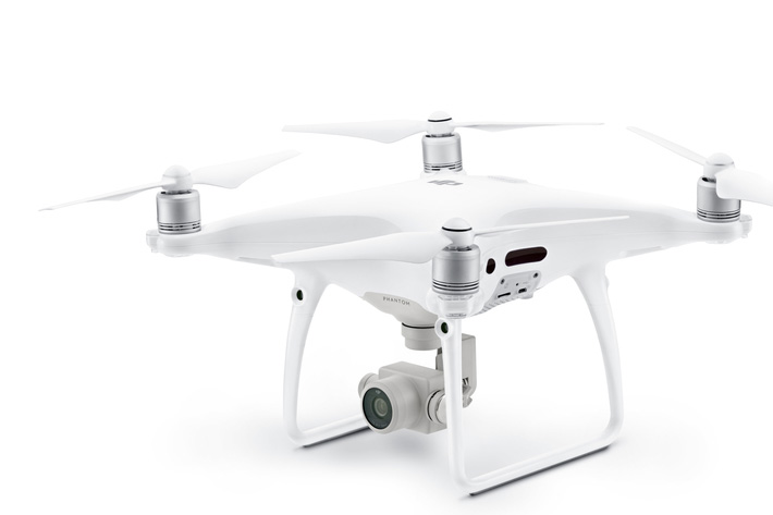 Inspire Inspire 2 and Phantom 4 Pro, two new flying cameras from DJIand Phantom 4 Pro, two new flying cameras