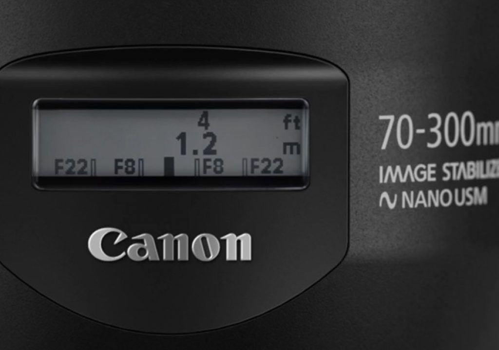 New Nano USM lens brings back DOF scale