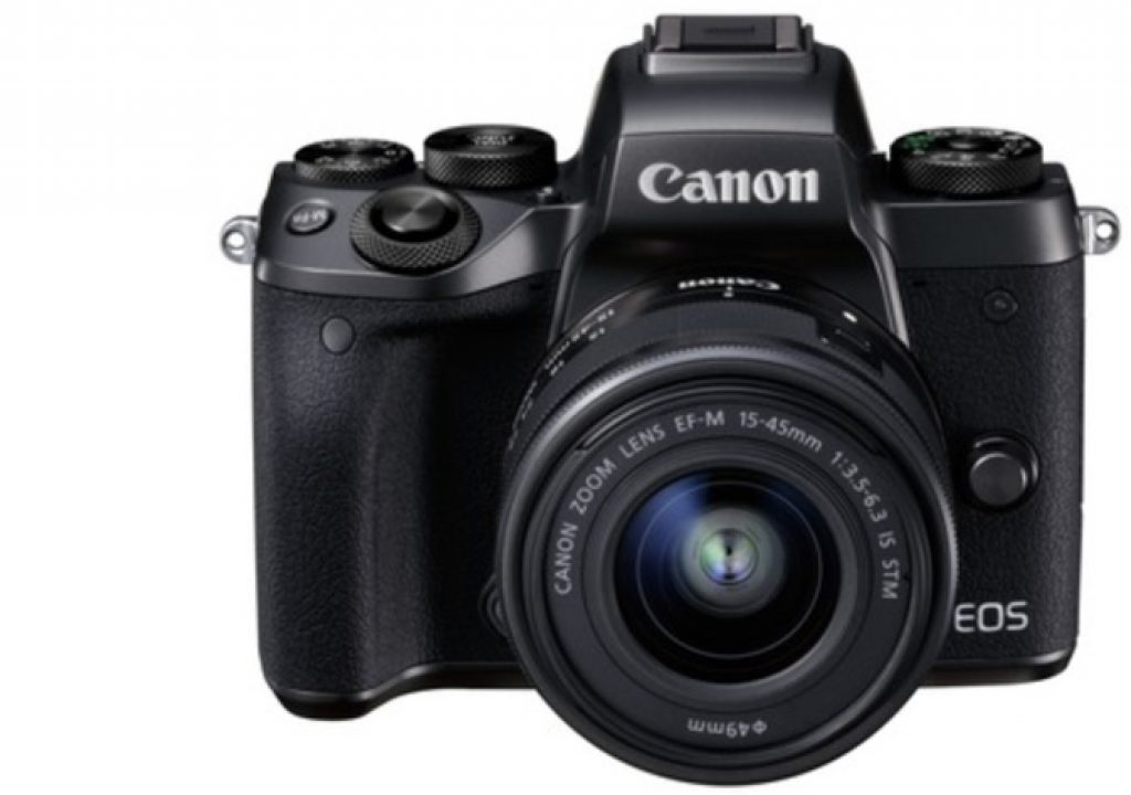 Canon EOS M5: mirrorless wants to be a DSLR