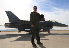 Lighting an F-16 with 400 Watt Strobes