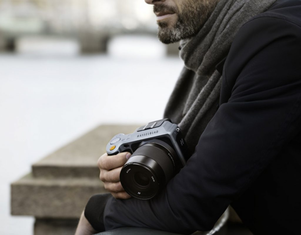 Hasselblad: don't buy one, rent it!