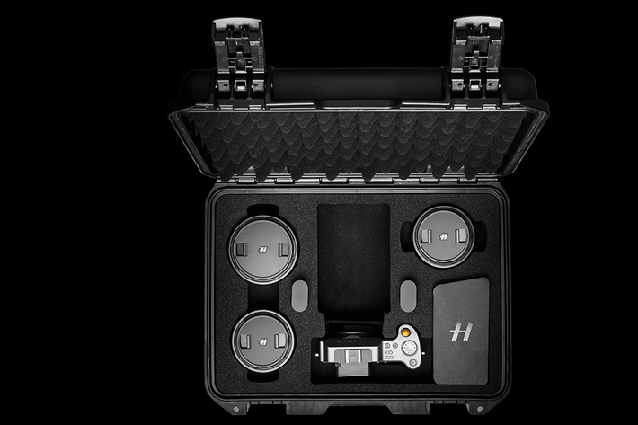 Hasselblad introduces X1D Field Kit