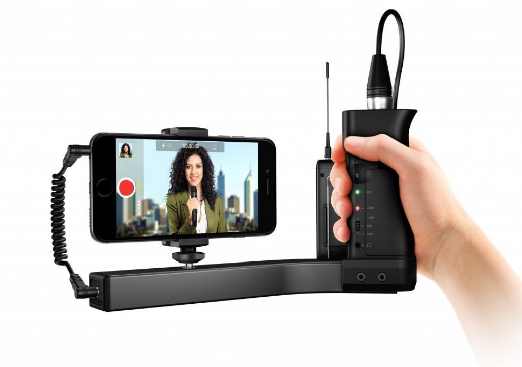 First look: iKlip A/V preamp/mount/grip for smartphones & small cameras 1