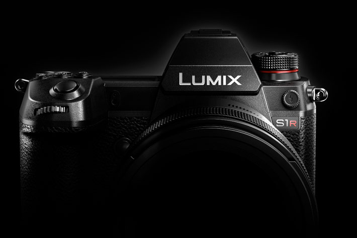 Panasonic's LUMIX S1R and the S1: The Times They Are a-Changin