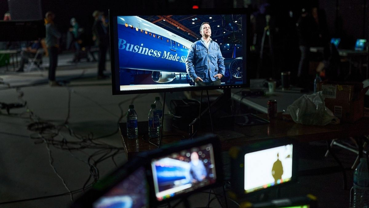 Mo-Sys: using Virtual Production to film a plane in a hangar