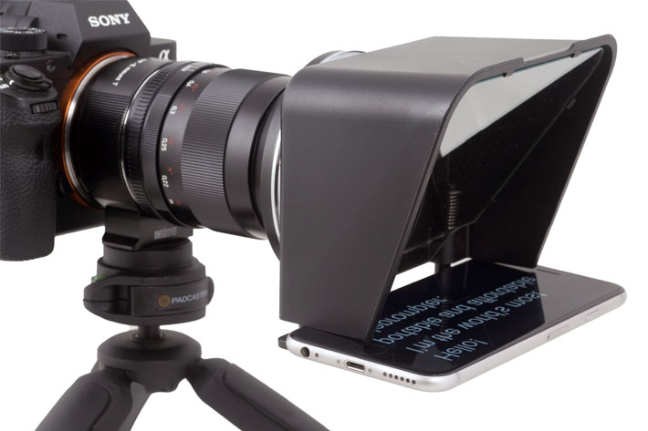 Turn your smartphone into a teleprompter with Parrot