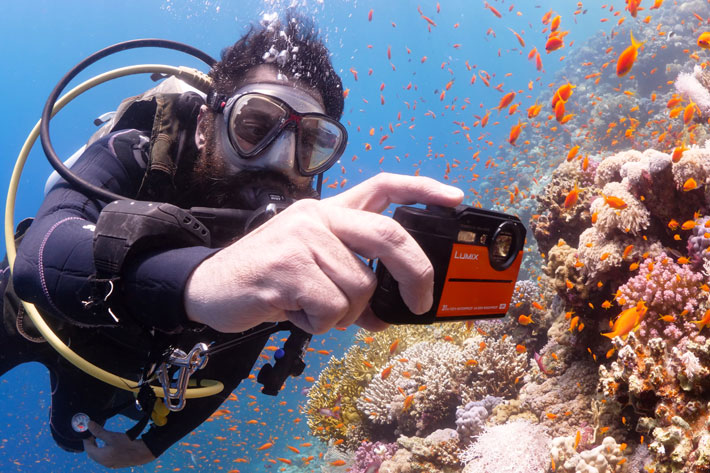 Lumix TS7: a pocketable 4K compact for underwater video 3