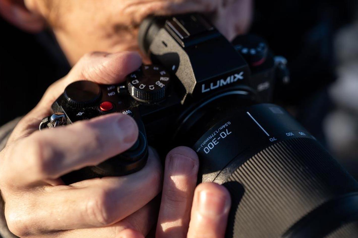 Panasonic's new telephoto zoom has half life-size macro