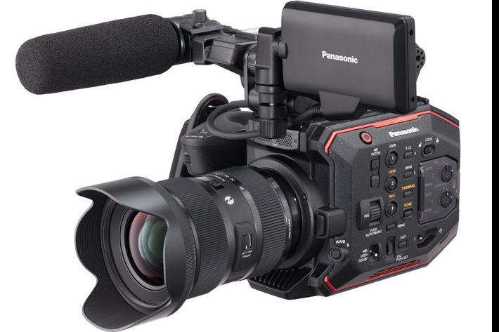 Panasonic EVA1 compatible with more Sigma ART lenses