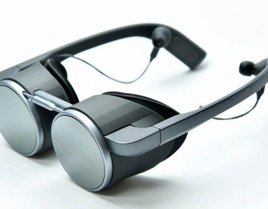 Panasonic at CES 2020: the world's first HDR capable UHD VR eyeglasses