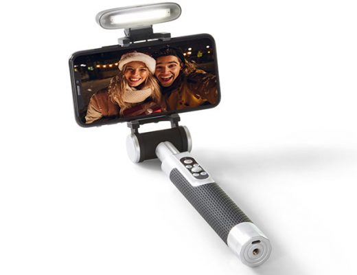 Pictar Smart-Light Selfie Stick: a new solution for smartphone vloggers