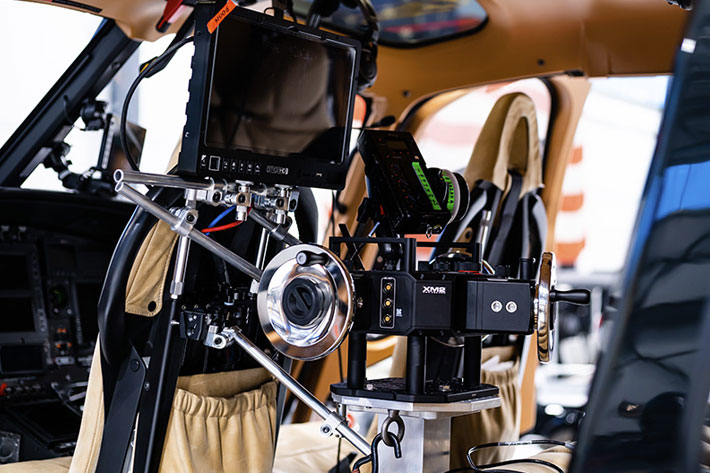 Pursuit Aviation: new way of shooting aerial scenes from inside helicopters 5