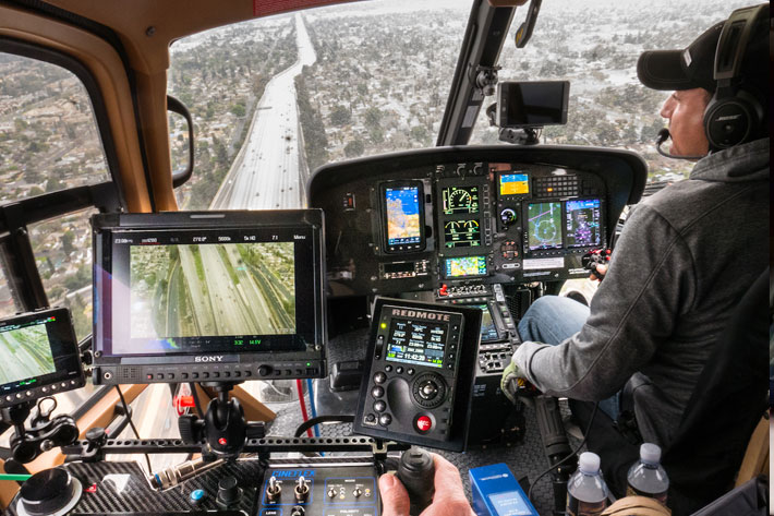 Pursuit Aviation: new way of shooting aerial scenes from inside helicopters 6