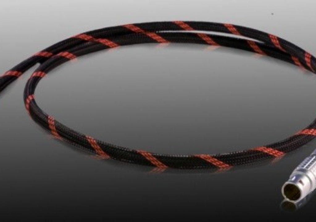 red-r2e-esata-cable-2_thumb.jpg