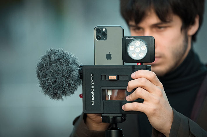 Shoulderpod G2: a professional video production grip for smartphones 1