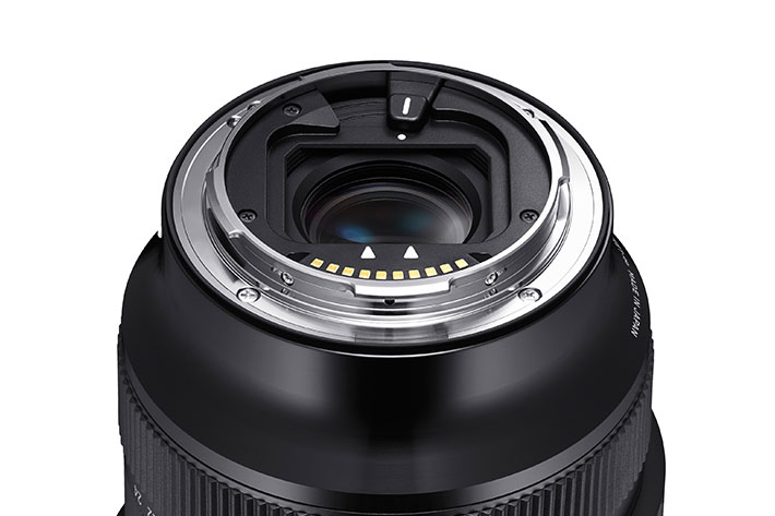 New Sigma lenses for mirrorless cameras: the new world is the old world 7