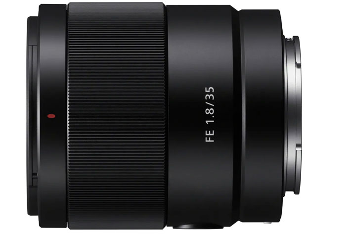 Sony FE 35mm F1.8: a luminous prime lens for photography and video shooting 6