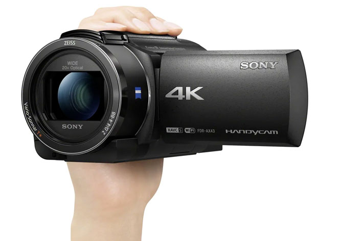 Sony FDR-AX43/B: a camcorder for content creators and vloggers