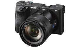 Sony α6500: 5-axis optical stabilizer, 4K internal and touch screen