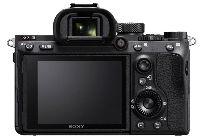 Sony α7R III, the new high res, fast mirrorless