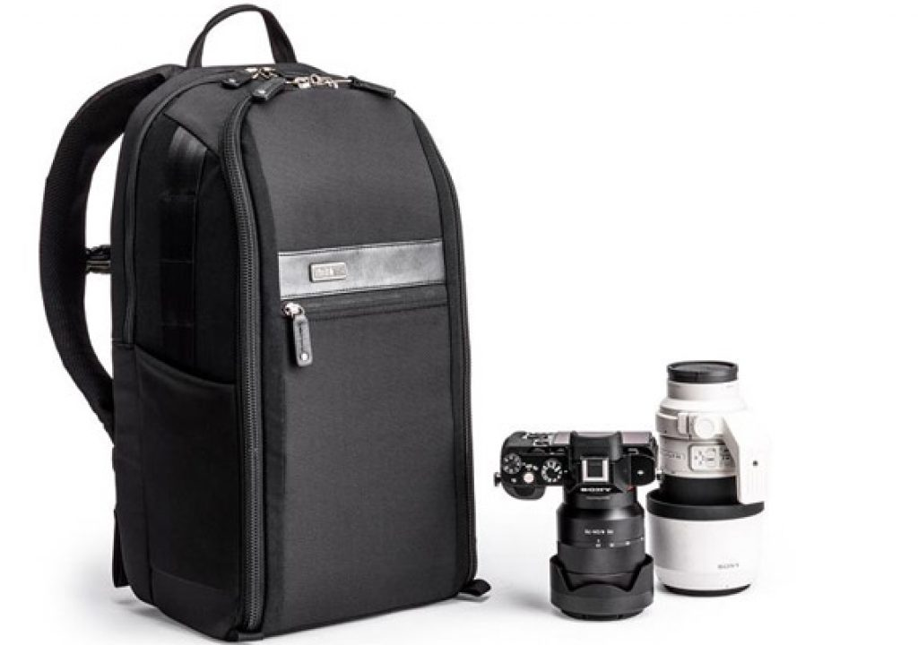 A Backpack for Mirrorless Systems 1