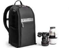 A Backpack for Mirrorless Systems