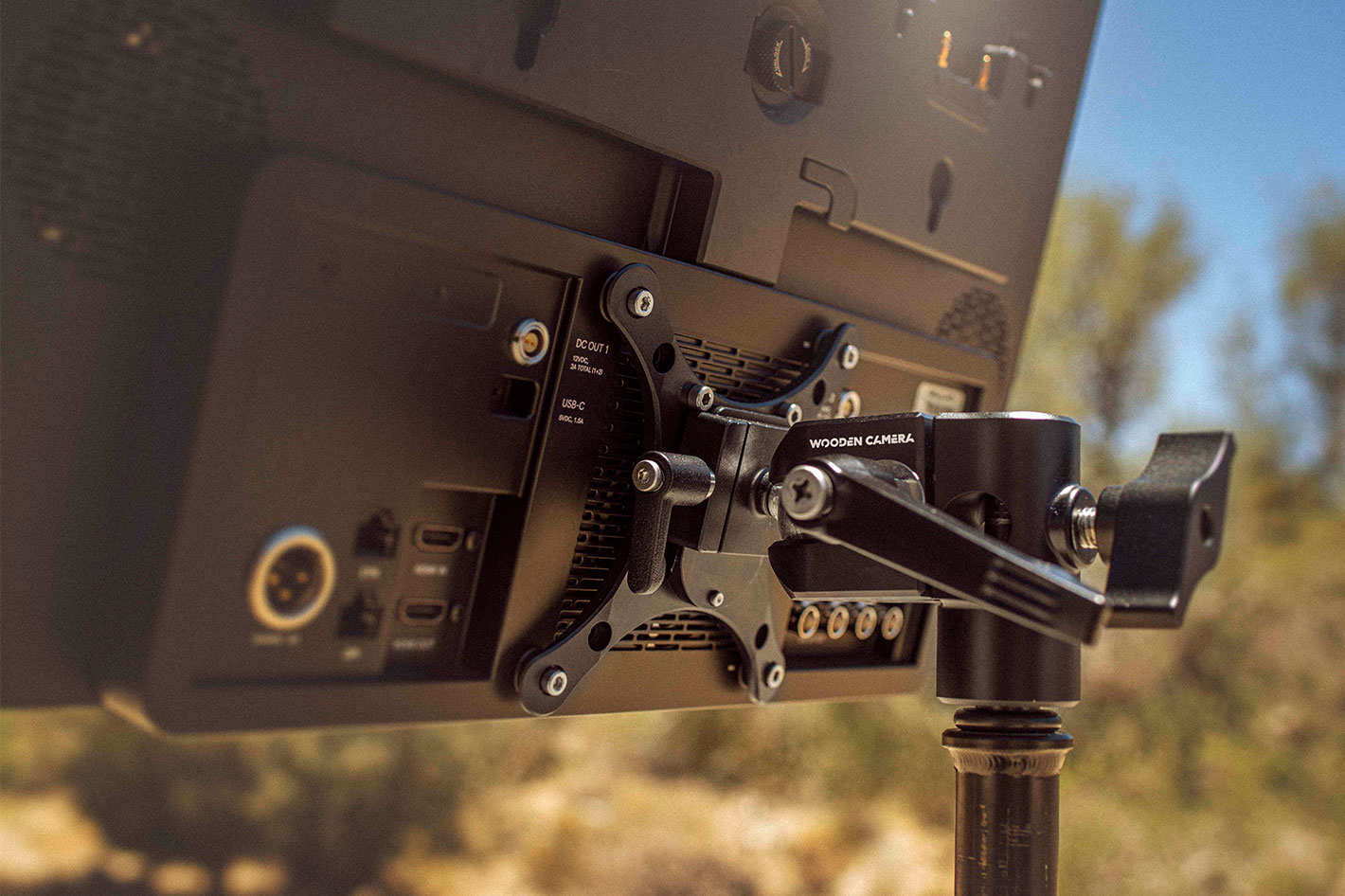 Wooden Camera's new Ultra QR Monitor Mount