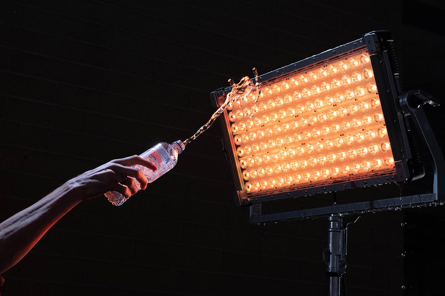 Creamsource Vortex8: a water-resistant 650W high power LED