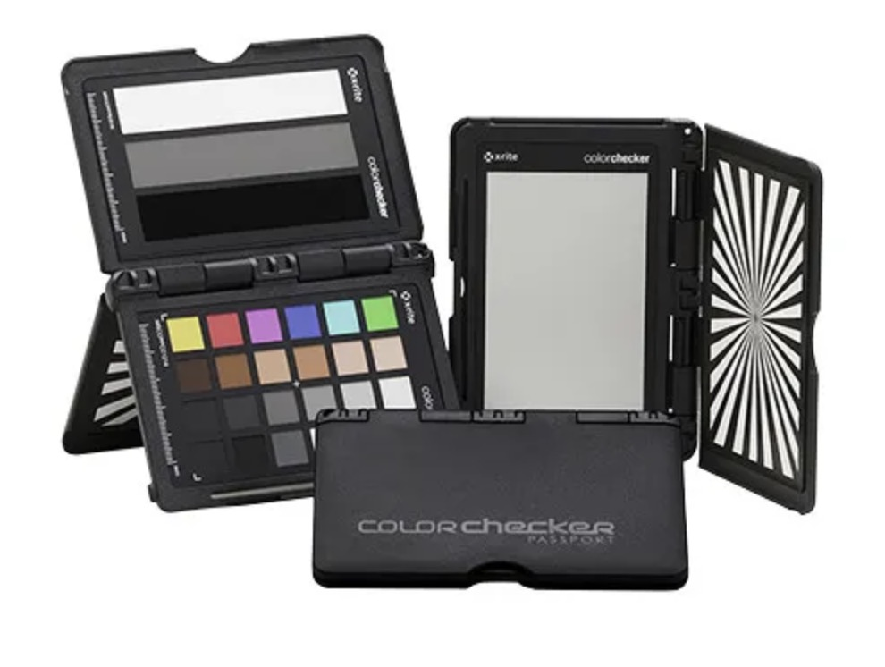 Last minute Holiday Gifts and Stocking Stuffers for the COLORIST in your life 43