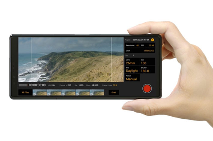 Sony Xperia 1: a smartphone with CinemaAlta technology inside