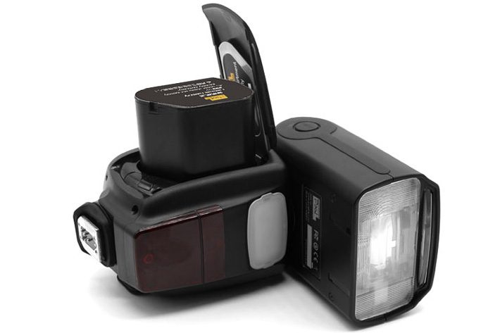Yongnuo YN686EX-RT, a lithium-ion flash for Canon